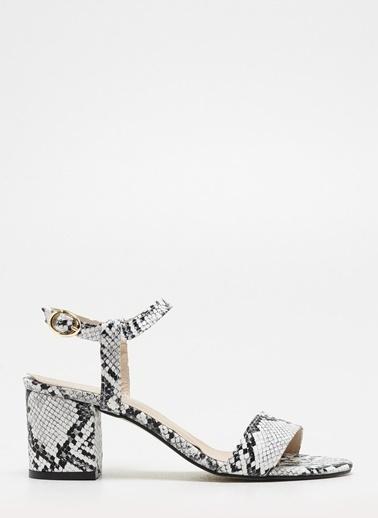D by Divarese Yılan Desenli Kısa Topuklu Ayakkabı Siyah